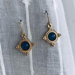 Jewelry - Beautiful gold and blue dangle earrings